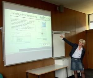 Frau Moritz während des Vortrags